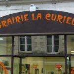 la-curieuse-1
